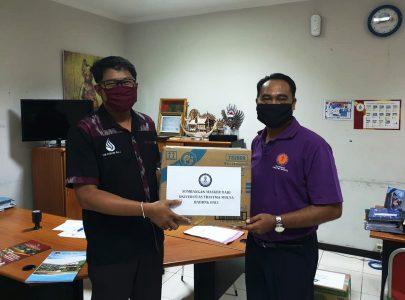 Civitas Universitas Triatma Mulya Sumbang 500 Masker dalam Rangka Tanggap Darurat Covid-19
